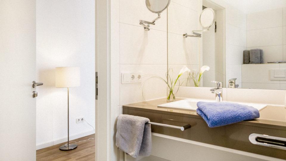 Badezimmer_Blau_Hotel_Inselhof_Borkum