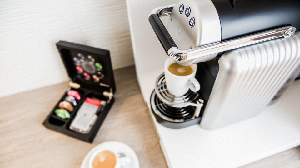 Zimmer_Closeup_Kaffeemaschine_01_Hotel_Inselhof_Borkum
